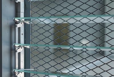 Siatka zabezpieczająca na okno